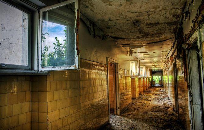 Spitalul Caritas, de Alex Iacob | VICE Romania