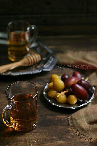 Jasmine tea and fresh dates | by henny_mh