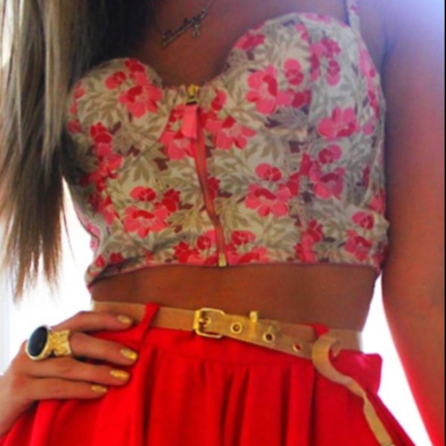 greatnesssssFloral Tops, Fashion, Summer Outfit, Skirts, Style, Crop Tops, Closets, Clothing, Bustiers