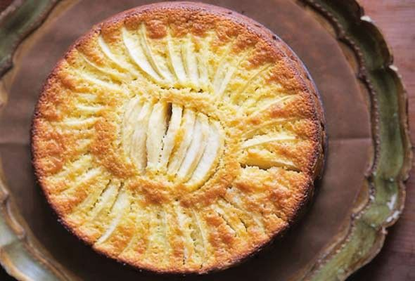 Apple Cake from Leite's Culinaria