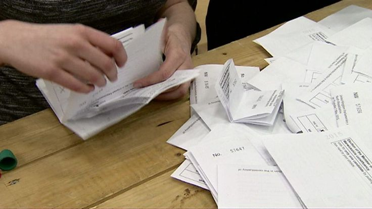 Labour claims that 800,000 people have dropped off the electoral register since the government introduced changes to the way that people can sign up to vote.