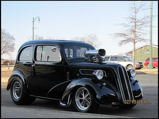 48 Ford Anglia, Black