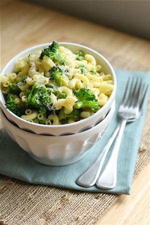 Macaroni with Broccoli & Peas yum!