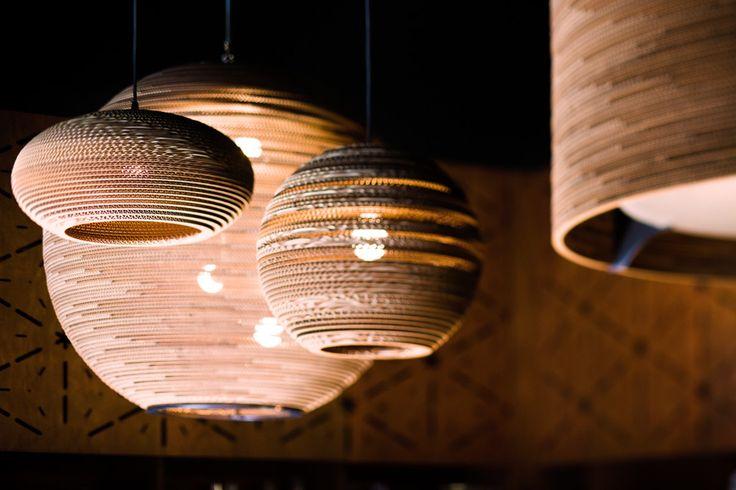 """Herren der Ringe: """"Scraplights"""" aus recycelter Wellpappe von Graypants aus #Seattle #design #leuchte"""