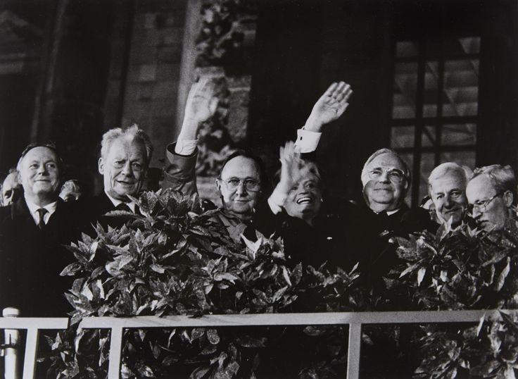 Barbara Klemm, Tag der deutschen Vereinigung, Berlin, 3. Oktober 1990, 1990