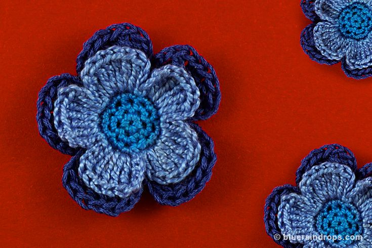 Beautiful double layered flower, see tutorial