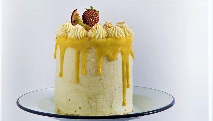 Vaniljerull med pasjonsfruktcurd