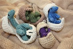 Ravelry: Dinosaurs and Eggs Set pattern by Becca de Kroon