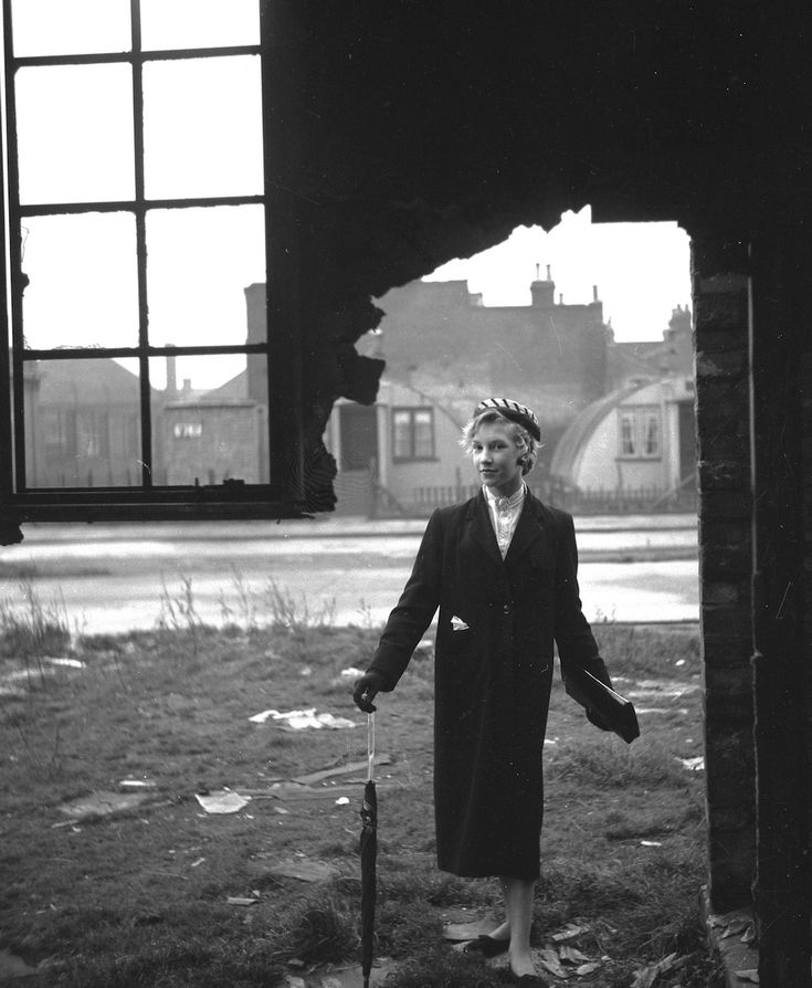 Who Were the Teddy Girls?