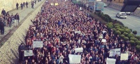 MACEDONIA: Le proteste degli studenti infiammano il paese