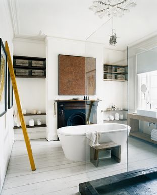 Mark Tuckey bathroom @ his Melbourne home 1998