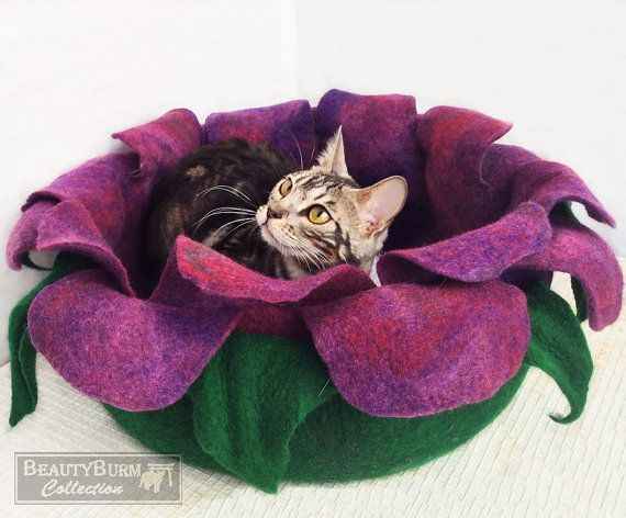 Cat Bed Felted Cave Houses For Cats от Beautyburmcollection