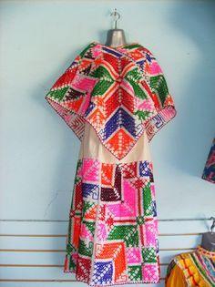 Traje tipico de Hidalgo.  #alamexicana #trajesnacionales #vestimentamexicana