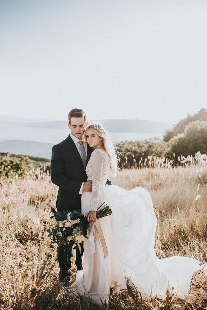 Ethereal mountain wedding inspiration | Image by Autumn Nicole Photography