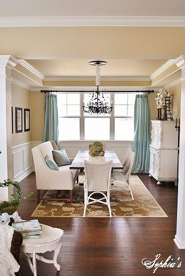 Banquette bench wicker chair with curtains design