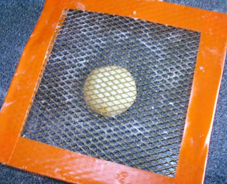 Předvánoční recepty: Střapaté sušenky plněné džemem – Hobbymanie.tv