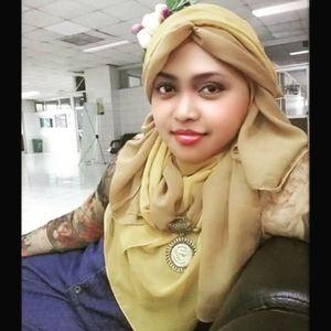 💜👒💜 #GoDiscover Hijab Challenge @clozetteid minggu ke-1dengan tema:  #ItsSoYou 🌸... #casual #romantic... #classic .... & (still ) #kawaii! 😉 It's soo.. me! 💜🎀💜 #ClozetteID #HijabFashion #HijabStyle #Hijaboftheday #Hijaboftheworld #HijabinStyle #Hijabers #HijabIndonesia