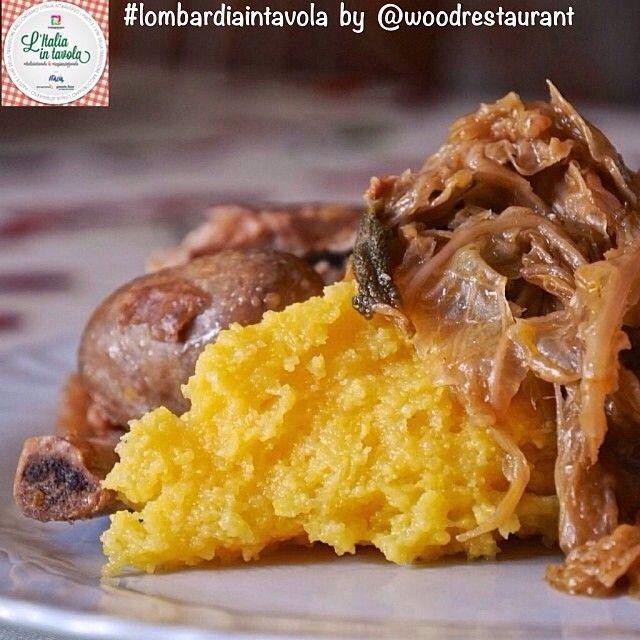 Per pranzo assaggeremo la #Casoeûla, piatto tipico della #Lombardia a base di verza e carne di maiale #italiaintavola #lombardiaintavola