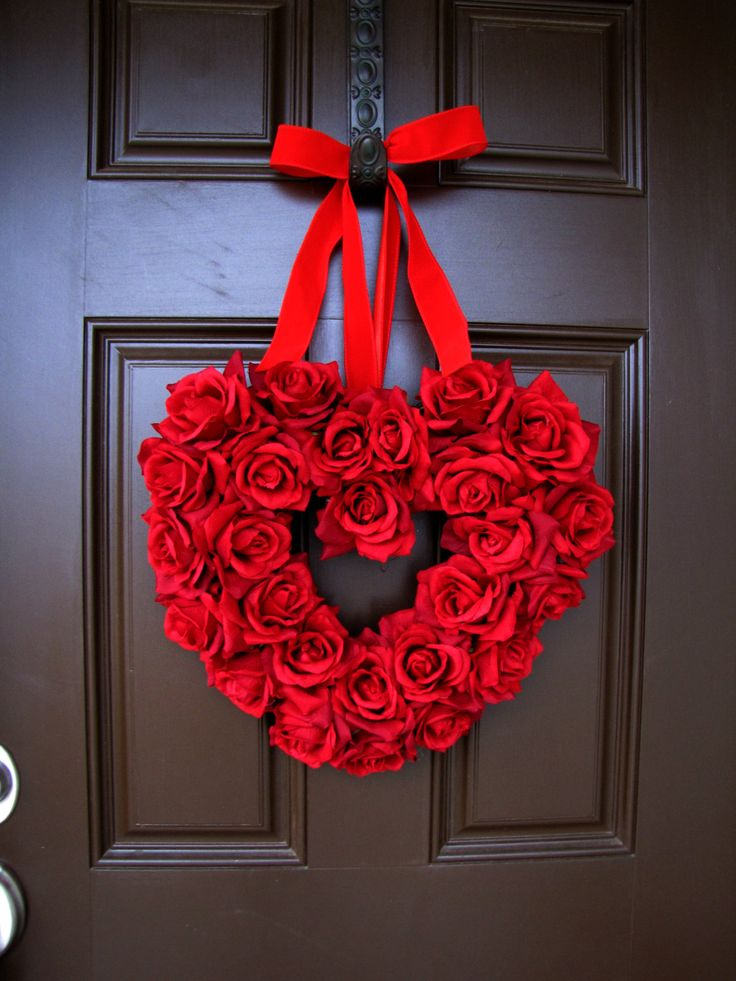 Valentine's Day Red Roses Heart Wreath