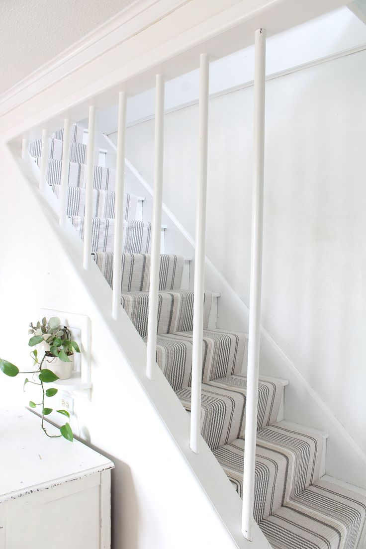 Hardwood stair makeover with annie selke dash and albert runner
