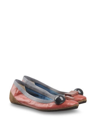 DOVE NUOTANO GLI SQUALI flats in grey and pink