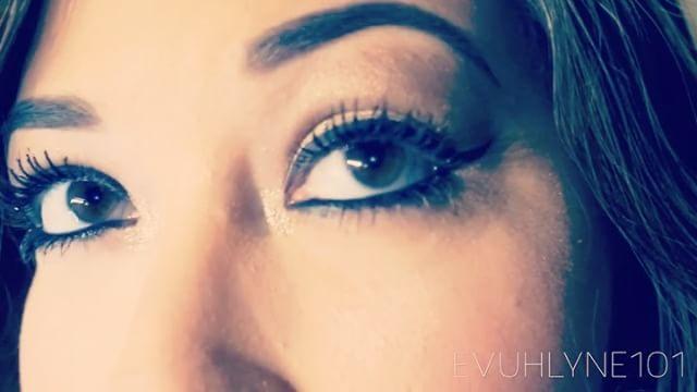 Success is failure turned inside out ��  #cosmetology #cosmetics #maquillaje #makeup #farsali #nyx #tarte #anastasiabeverlyhills #hoolabronzer #ultabeauty #ulta #sephora #benefit #luxury #rcma #clinique #carlibybelpalette #lillyghalichi #lillylashes #isabelbedoya http://tipsrazzi.com/ipost/1509876653290705185/?code=BT0KNEGDFEh