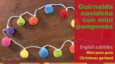 Guirnalda de bolitas de Navidad (mini pompones). Christmas bulbs garland or wreath (with pom-poms)