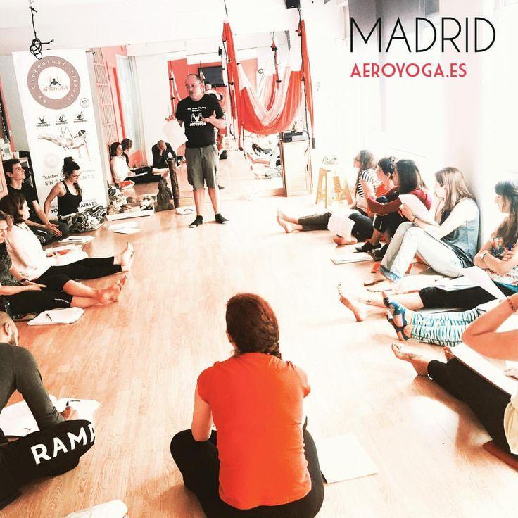 yogacreativo.com: Madrid! Iniciado un Nuevo Aero Yoga International Teacher Training con Rafael Martinez