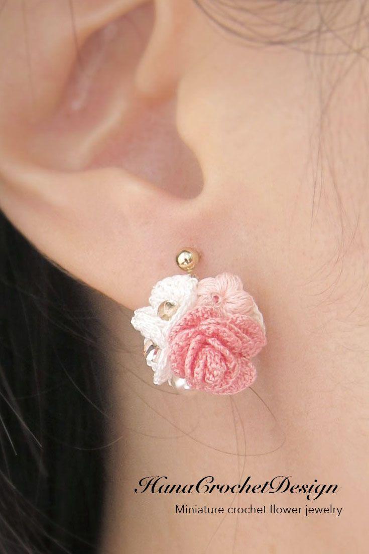 by Sparrow Dreamer Handmade accessories Crochet earrings roses