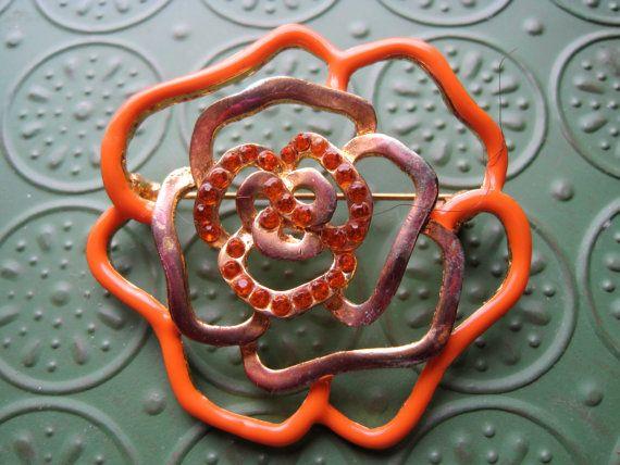 Vintage Orange and Gold Tone Flower Brooch by NisesNostalgia