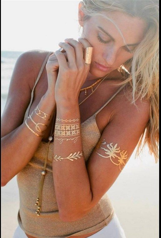 Elige el diseño que mejor encaje con tu estilo y personalidad, encontrarás flechas, plumas, cadenas o incluso letras.