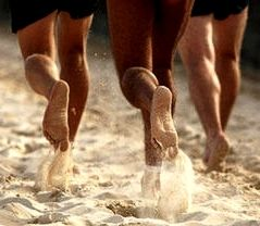 Beach Running Benefits, Tips, Barefoot Running Technique for Sand Go to MuscleandMotion.com to download the free version of the 3D Muscle Anatomy & Strength Training Video Program – uniquely designed for Students, Personal Trainers, Therapists, Athletes, and Teachers.