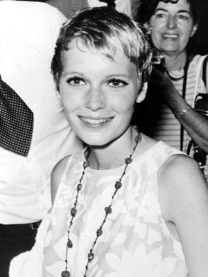 Mia Farrow... she´d make for a lovely minimalist bride!