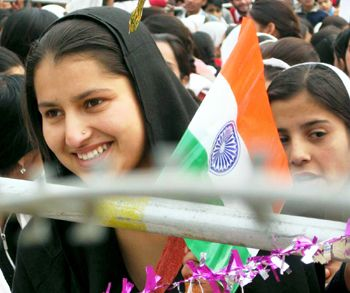 Muslim women must press for their rights - read complete story click here....  http://www.thehansindia.com/posts/index/2015-03-14/Muslim-women-must-press-for-their-rights-137287