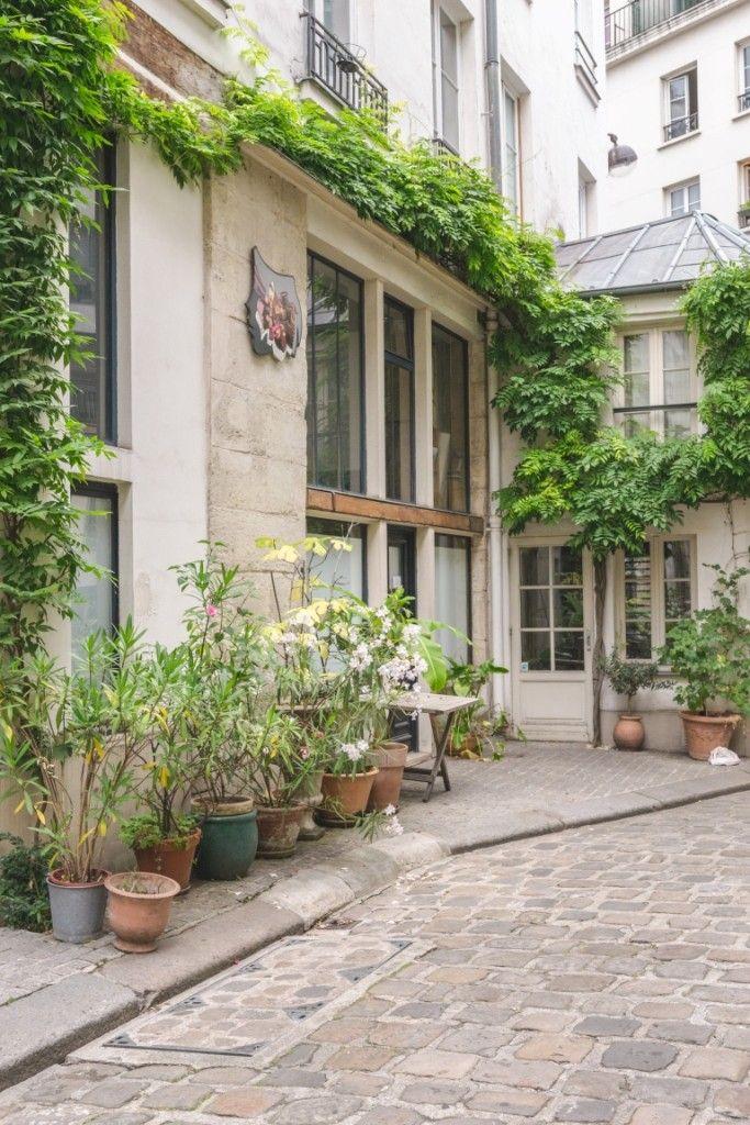 Cour Damoye paris insolite. A découvrir sur le blog : www.tripsandtips.fr