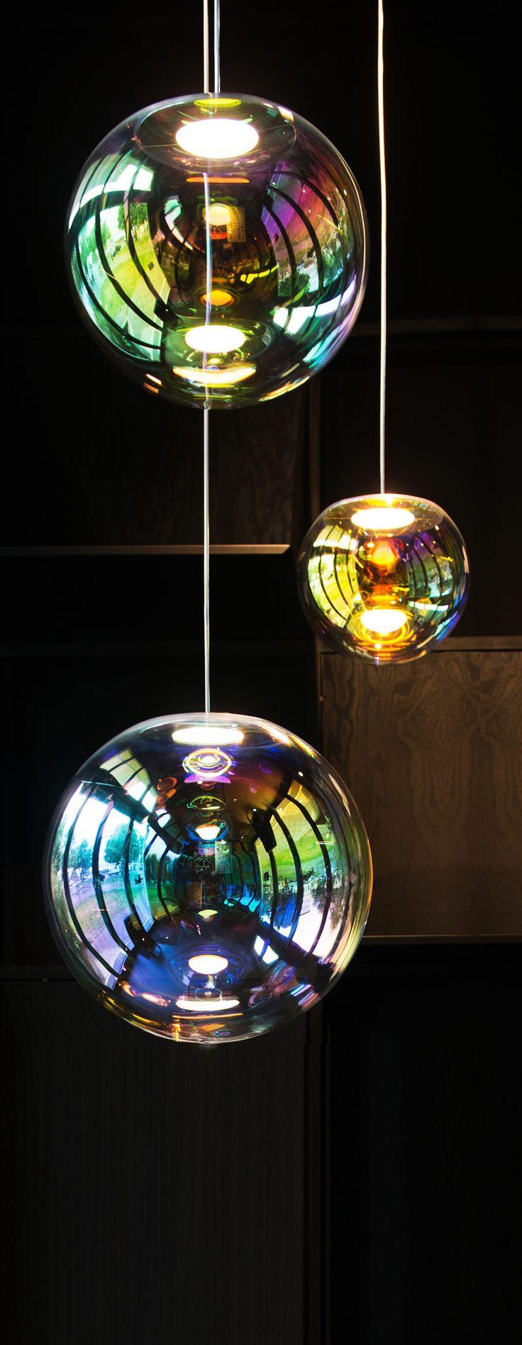 Amazing OLED Lampe Iris von Neo Craft Foto