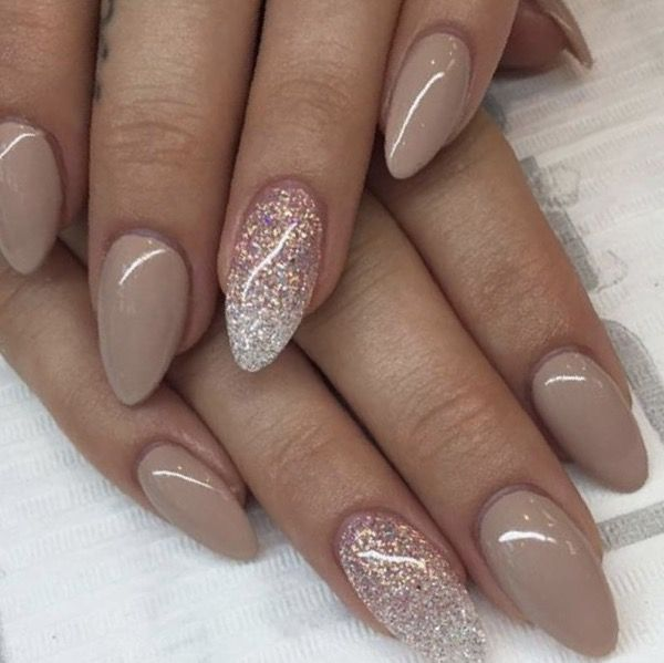 Beautiful Almond Marble Nails Designs 2019 Pointed Nail Designs Pointed Nails Short Rounded Acrylic Nails