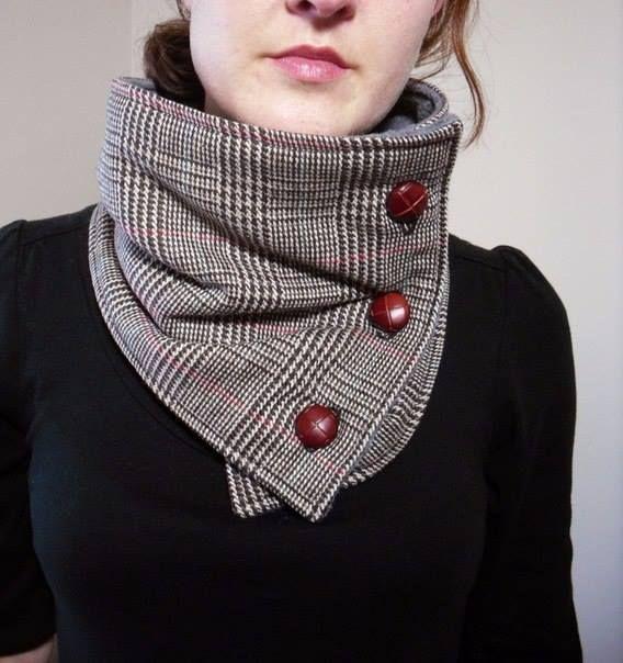 Molde para hacer una bufanda de tela para dama.