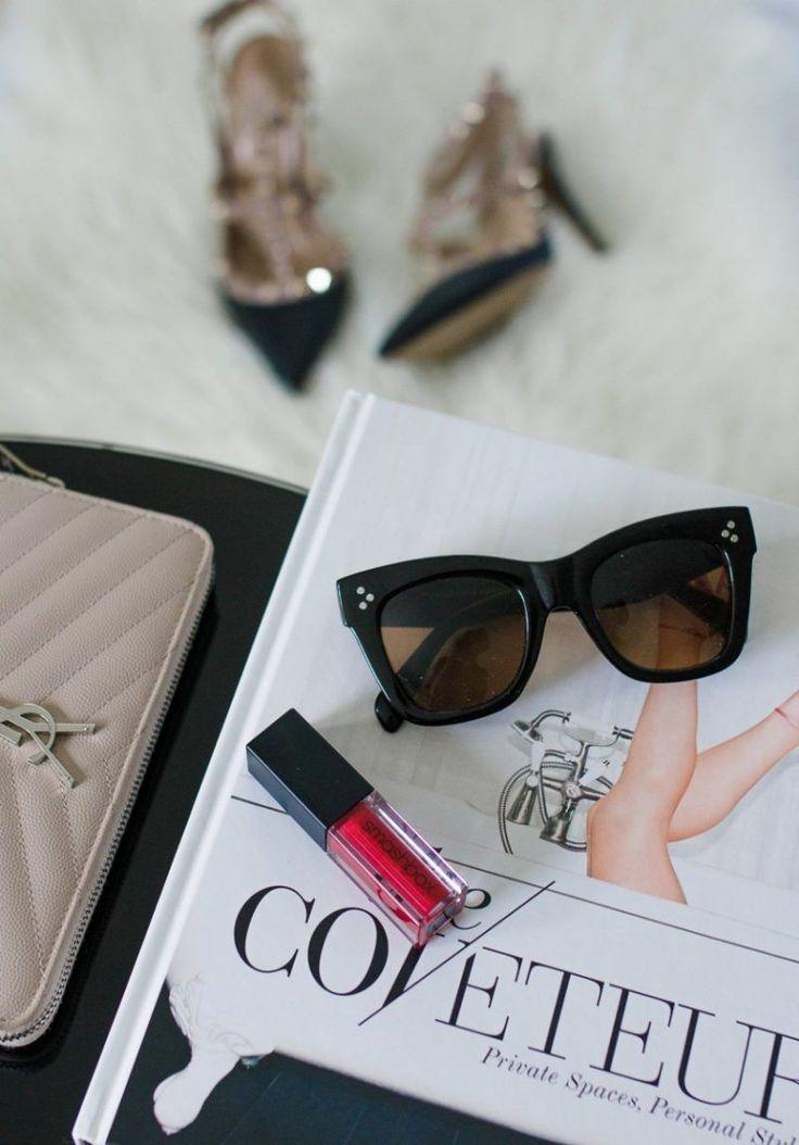 Die Lifestyle-Bloggerin Ashley Deatherage von Never Without Lipstick teilt den … – Diy Lip Scrub