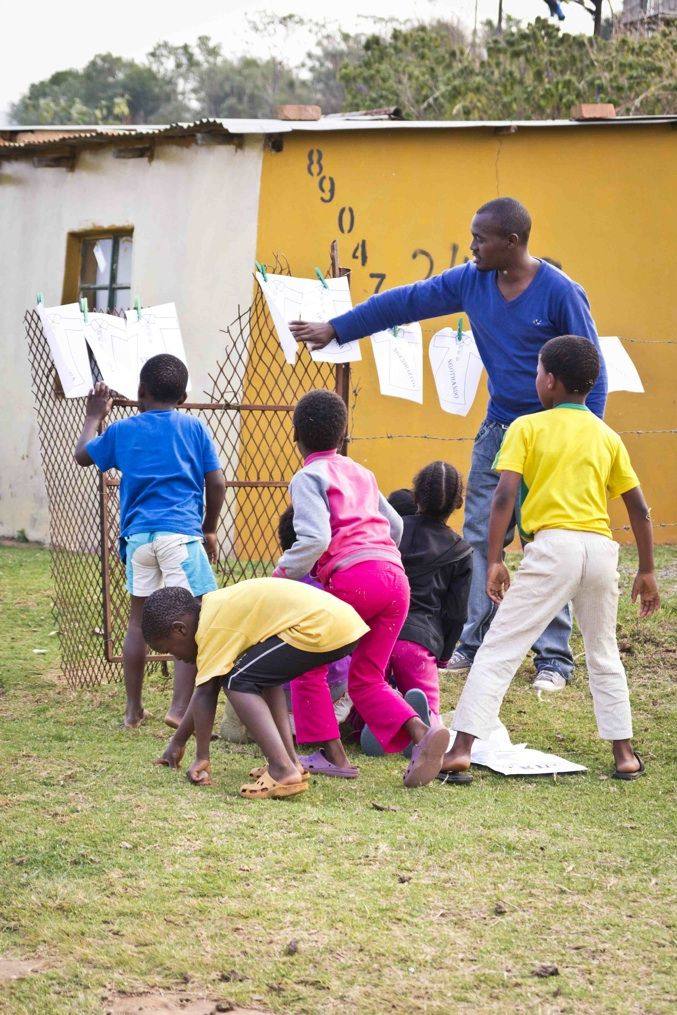 Thulani teaching at Life Group  iThemba Projects - The Response