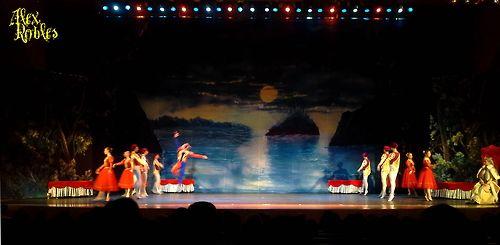 Russian Classical Ballet - El Lago de los Cisnes