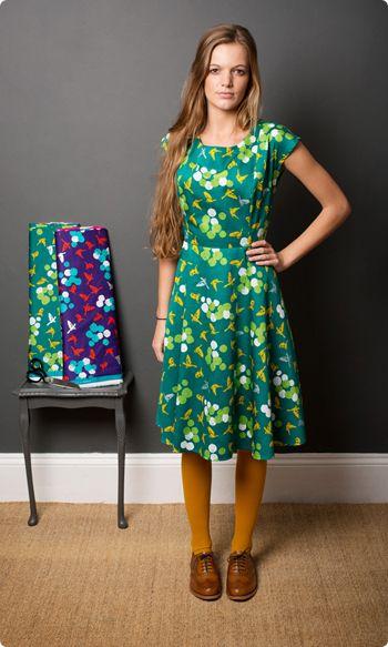 1950s tea dress sewing pattern by clothkits | soaring birds fabric