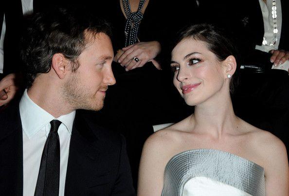 Anne Hathaway Dating Adam Schulman - Anne Hathaway - Zimbio