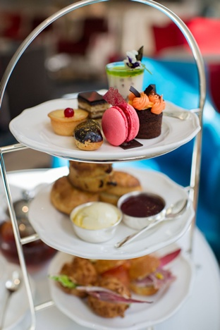 Afternoon tea at the Ampersand Hotel in Kensington http://www.afternoonteaonline.com/uk/london/afternoon-tea-ampersand-hotel-kensington/
