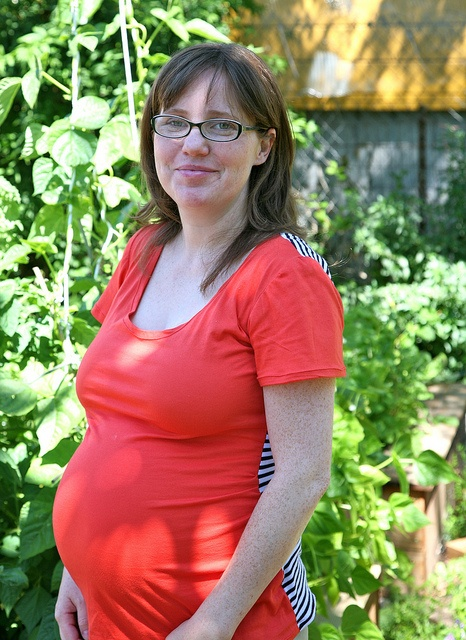 Ruched Maternity Tee with striped back - so cute!!