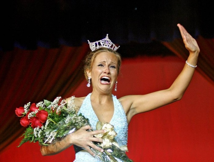 39 Best Images About Crying Beauty Queens On Pinterest