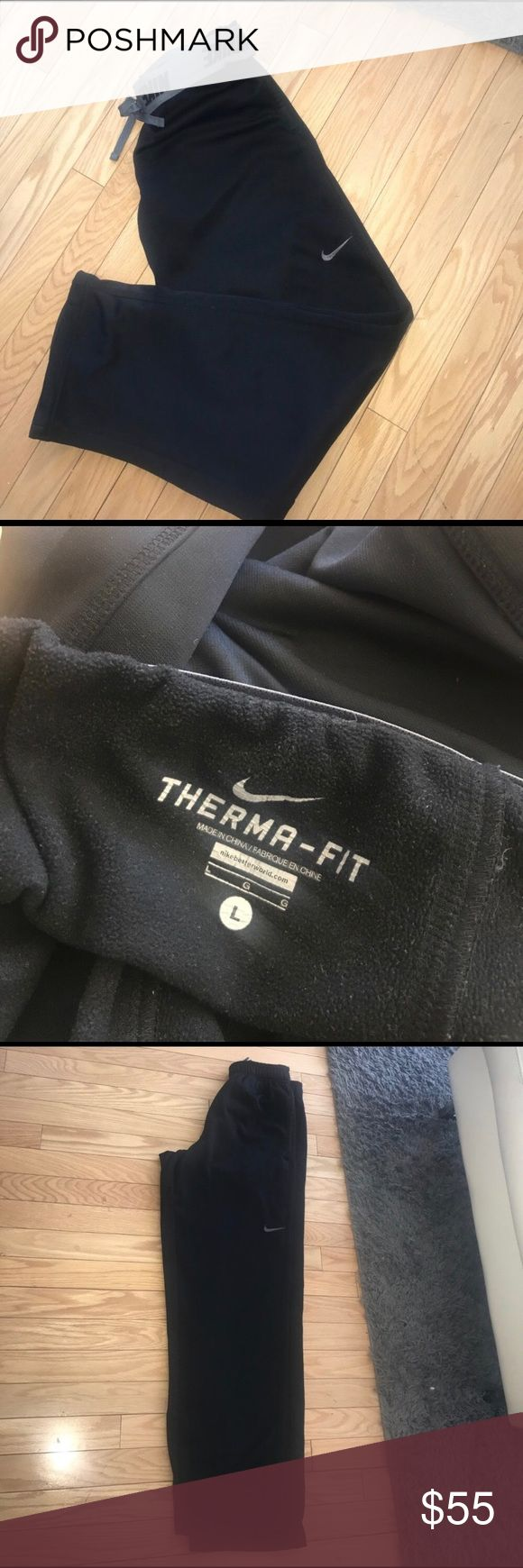 Nike MENS THERMA-FIT TRAINING PANTS 👖 LARGE Nike MENS THERMA-FIT TRAINING PANTS 👖 LARGE Made within thermal wicking inside material to keep you warm and comfortable during work outs . 2 side pockets 🌍pre- loved Nike Pants Sweatpants & Joggers