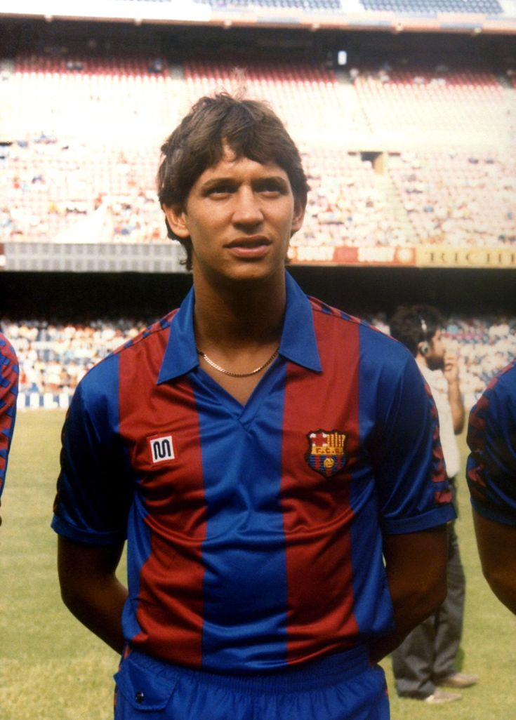 Gary Lineker, born 30 November 1960, English striker, FC Barcelona (1986-1989)