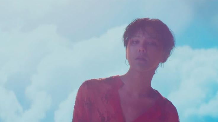 """G-Dragon Rules The Charts With Perfect All-Kill For """"Untitled, 2014"""" 