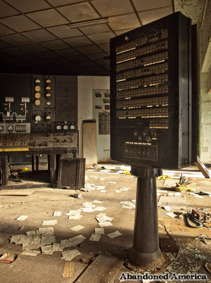 Proceed with Caution: Portside Power Plant - Matthew Christopher's Abandoned America